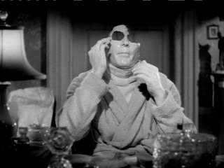 Still: The Invisible Man, directed by James Whale, 1933