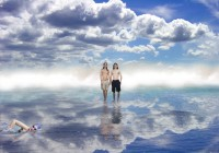 The roof is covered by 2.50cm of water, making the pool, hot tub and roof  into a single reflective surface. The sky and its reflection in the water merge seamlessly. People walking on the roof deack appear to be floating in space.